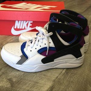 Used Air Flight Huarache PRM QS (Men's Size 10)